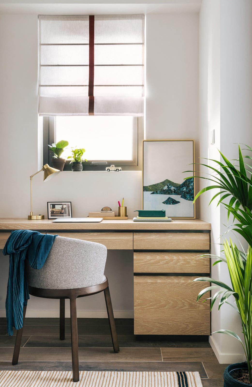 2.5 Bedroom Duplex Study Room